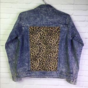 c9d34e07f Forever 21 Leopard Print Jacket on Poshmark